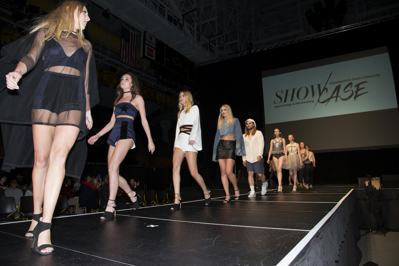 Fashion Showcase College Of Fine And Applied Arts