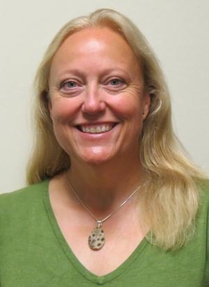 Lynn Gregory
